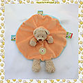 Doudou Peluche Ours Beige Plat Rond Orange <b>Capuche</b> Broderie Tête d'ours Nicotoy