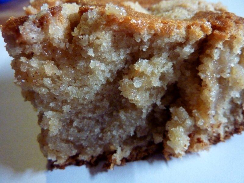 *Gâteau aux pommes et à la cannelle