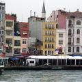 à ISTANBUL - Hiver 2009.Embarcadère de KARAKÖY en Turquie