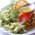 Petits flans au fenouil et au pavot avec courgettes râpées et saumon fumé