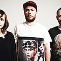 <b>CHVRCHES</b> - Cry Me A River