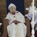 Le pape s'endort en pleine messe à Malte