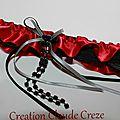 jarretière rouge et rubans gris et noir