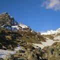 Remontée de la moraine du glacier
