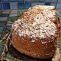 Cake citron, pignons, huile d'olive et romarin