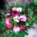 Bouquet rond Protéa,Carousel et Phlox
