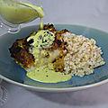 Cabillaud en croûte de <b>macadamia</b>, sauce au lait de coco et curry
