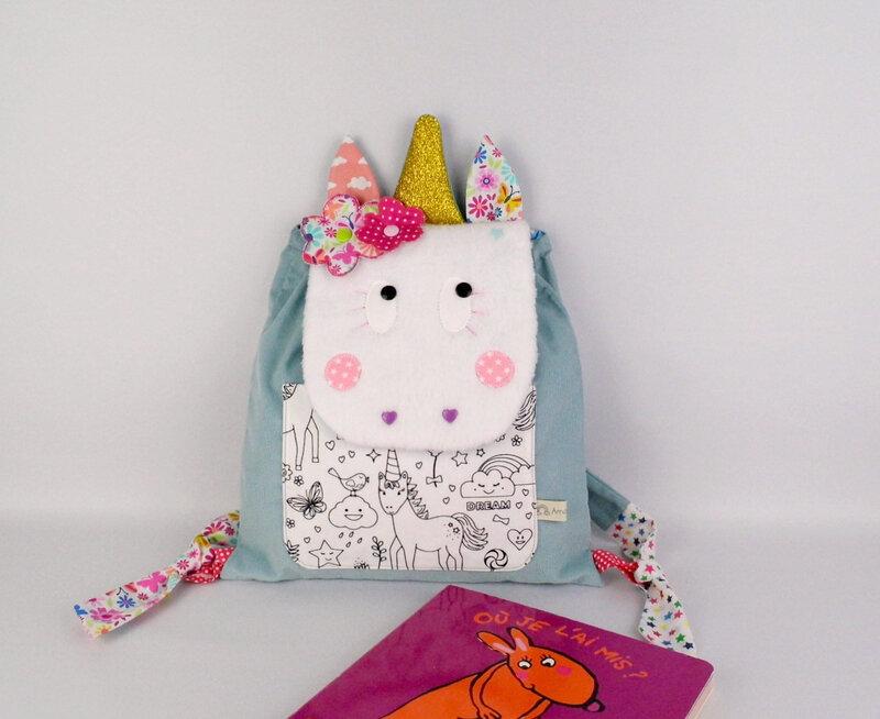 Sac licorne personnalisable couleur prénom bleu rose corail fleurs papillon sac à dos maternelle fille licorne personnalisé toddler unicorn backpack