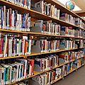 Acheter ses <b>livres</b> <b>d</b>'<b>occasion</b>, un geste à la fois écolo et économique!