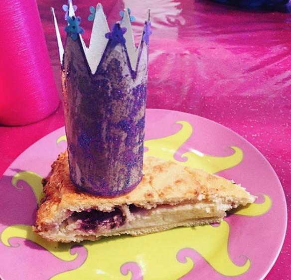 Galette versions pie crème d'amande et mûres