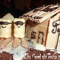 Gros gâteau au chocolat pour le goûter