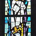 32_église Aumont Aubrac_vitrail 1