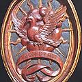 26 - CREMONA - colombe dans la couronne - embleme de F-M Visconti - medaillon des stalles du choeur de St Sigismond