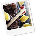 Sushis/makis sucrés en guise de gâteau d'anniversaire