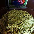 Weedy grove. (pâtes sauce brocolis goût fromage)