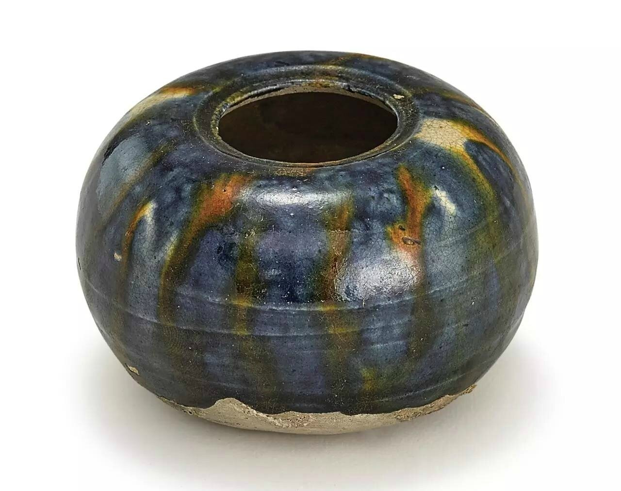 A small sancai-glazed waterpot, Tang dynasty