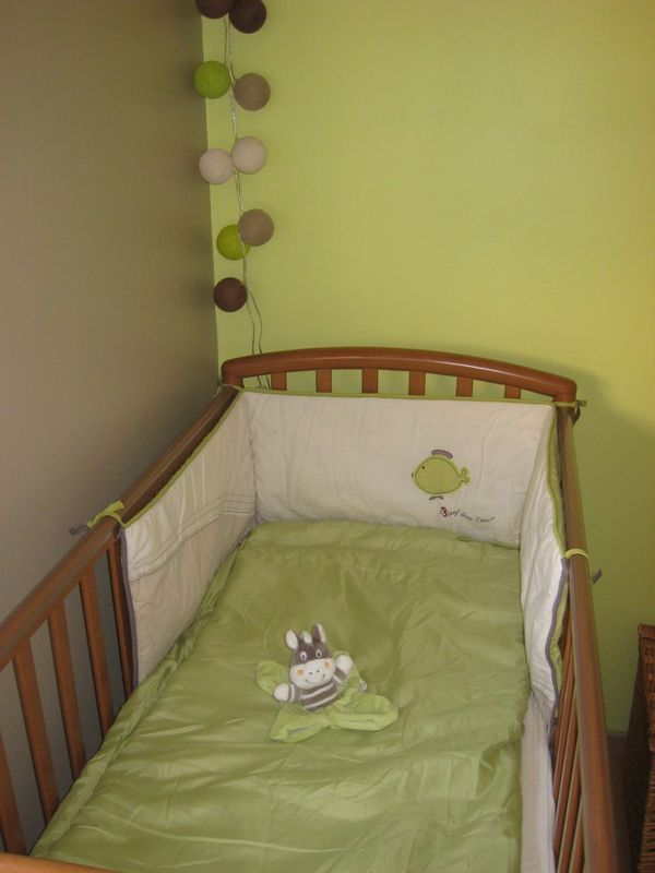 chambre bb vert anis et taupe
