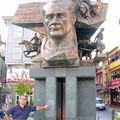 Statue d' Atatürk et Memo
