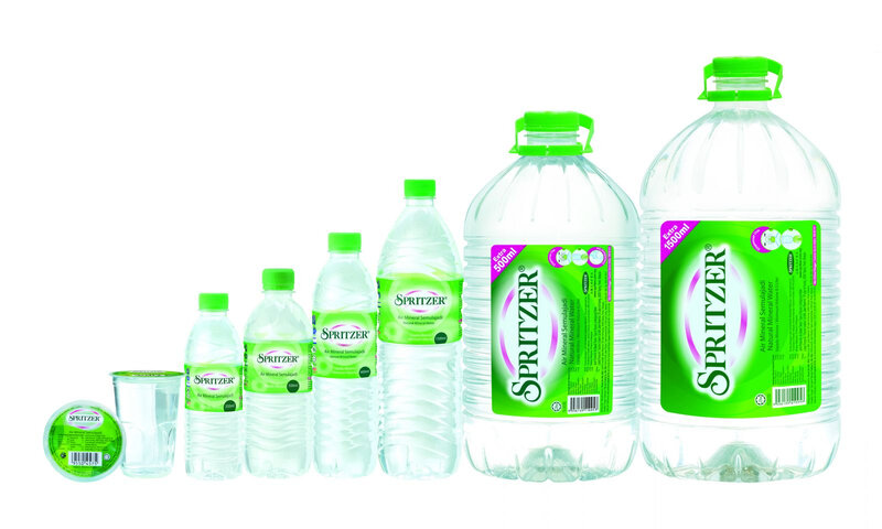 Spritzer_Group shot_NMW_New Label (1)
