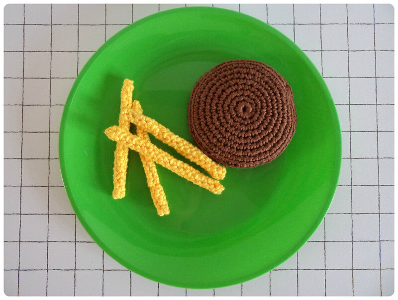 Steak frites au crochet Cam&Drey bricolent