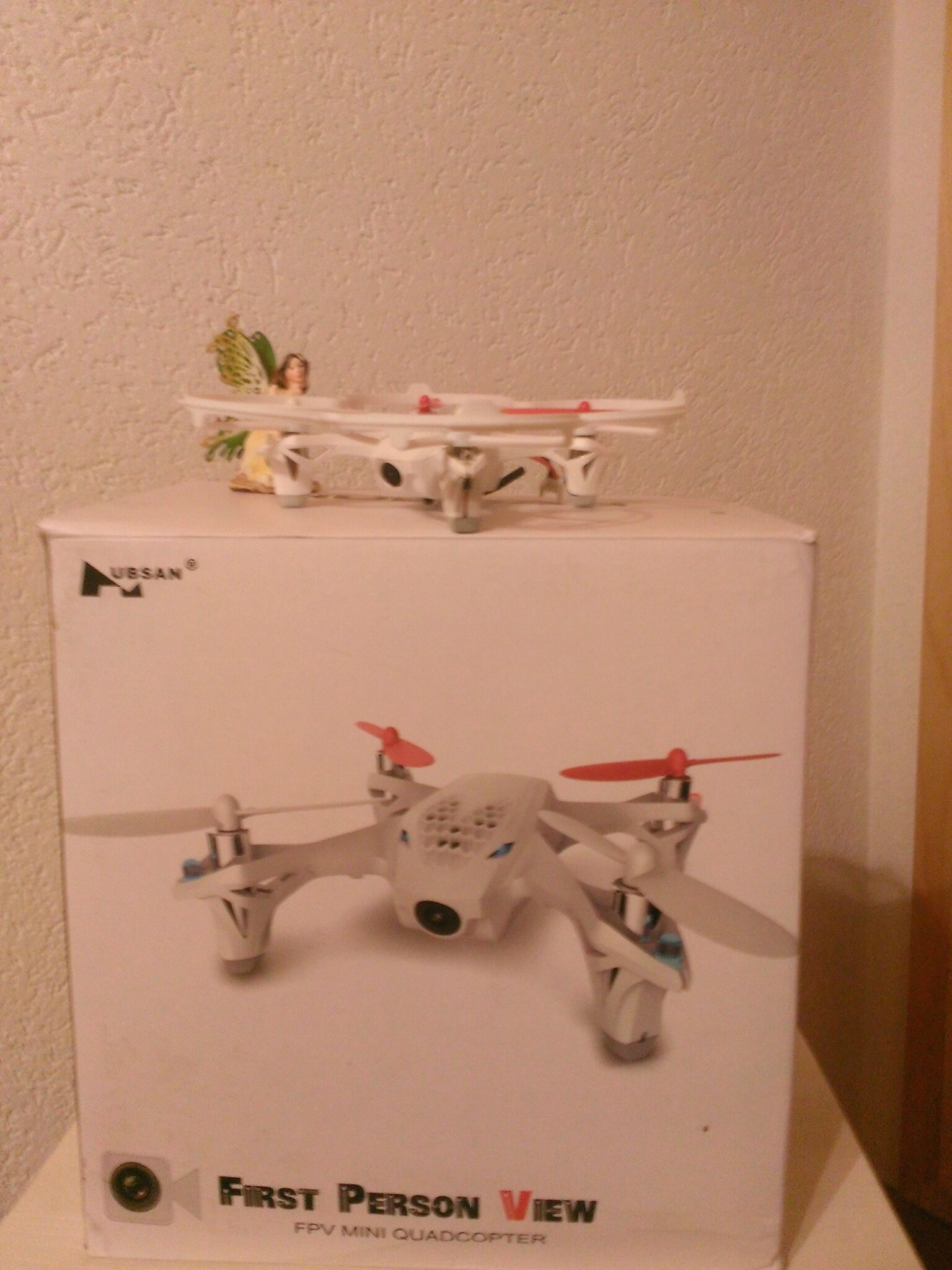 Drony sur sa boite ;-)