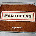Gâteau Panneau de signalisation, entrée de ville tiramisu dessus