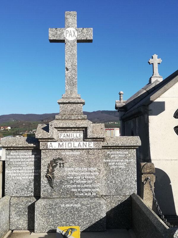 tombe famille Miolane