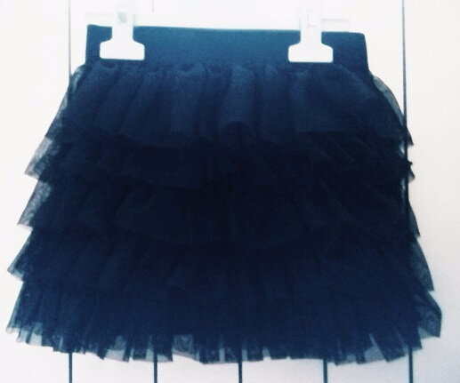 *Jupe volants tulle noirs, 6 ans