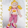 Doudou poupée chiffon couettes jaune pantalon rayures rose violet verbaudet