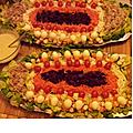 Salades crudités thon & mini brochettes oeufs de caille mimolette tomates cerise !