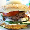 Hamburger à l'agneau et au crottin de chavignol