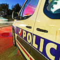Rennes : un <b>conducteur</b> de 23 ans fonce volontairement sur des policiers