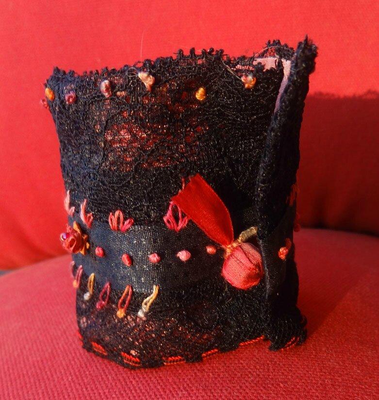 bracelet manchette noire rouge (4)