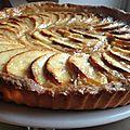 Tarte au pommes et confiture de lait ( lait concentré caramélisé)