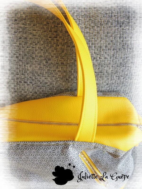 Java small jaune et gris origami10