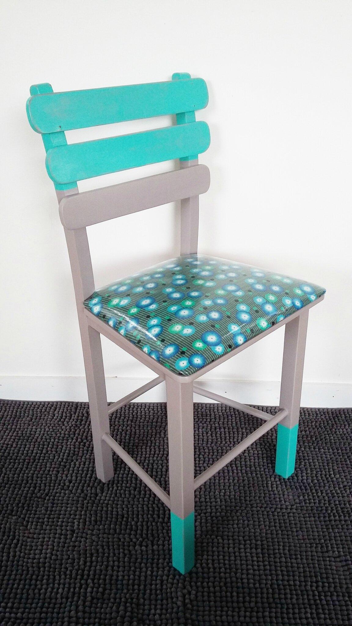 chaise enfant revisitée - tissu Petit pan