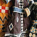 Costumes en papier