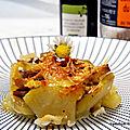 Mini gratin de pommes de <b>terre</b> au confit de canard/fromage raclette/élixir balsamique