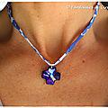 Collier Croix Swarovski bleu roi