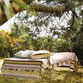 Dresser un lit en pleine nature
