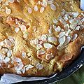 Gâteau à l'abricot et à la pâte d'<b>amande</b>