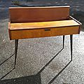 Meuble console moderniste