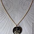 Collier médaille de la Sainte Famille petit modèle (sur chaîne plaqué or)- 30 €
