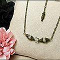 <b>Collier</b> <b>fantaisie</b>, perles cubes de verre fumé, chaine bronze, bijou mode rétro vintage