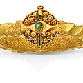 A rare <b>Fatimid</b> gold armlet, Egypt or Syria, 11th century