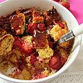 Brioche perdue aux fraises en pudding au micro ondes
