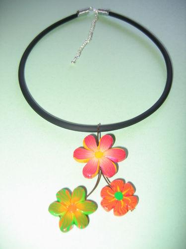 Pendentif fleurs