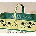 Panier Olives et cigales 39,5x26x20cms