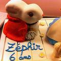 3 gâteaux d'anniversaire d'enfants et 1 gourmandise