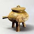 Tripode, jiaohu, période Han-Viet